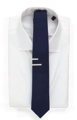 2.5 inch tie with tie bar