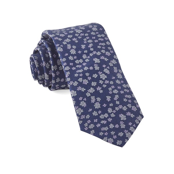 Lavender Free Fall Floral Tie