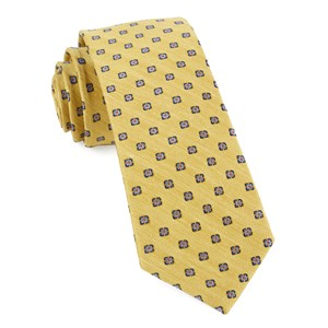 medallion scene yellow boys ties