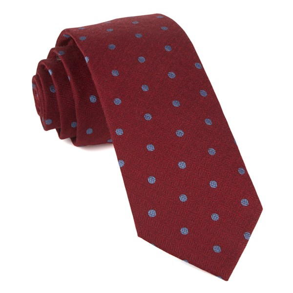 Red Dotted Hitch Tie