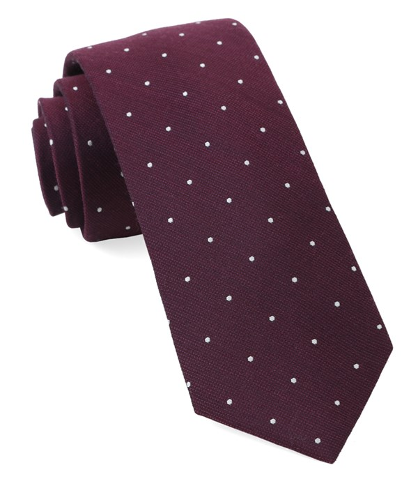 Dotted Report Wine Tie