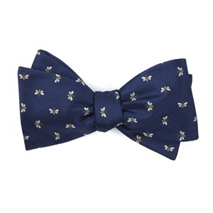 reeds bees navy bow ties