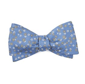 Light Blue Free Fall Floral bow ties