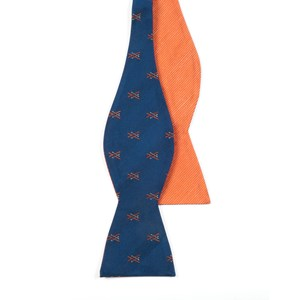 skiing solid navy bow ties