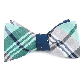 Crystal Wave Bulletin Mint Bow Ties
