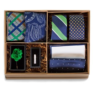 the green and navy style box green gift set
