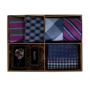 the azalea and navy style box azalea gift set