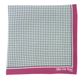 Magenta Printed Linen Houndstooth pocket square