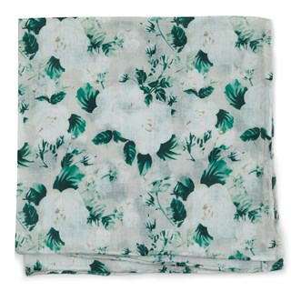 mumu weddings - bouquet toss stone pocket square