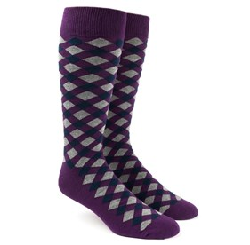 Eggplant Textured Diamonds mens socks
