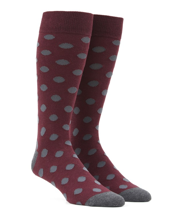 Common Dots Burgundy Socks